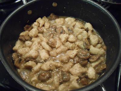 Chicken-Mushrooms-Garlic- White-Wine-Sauce10