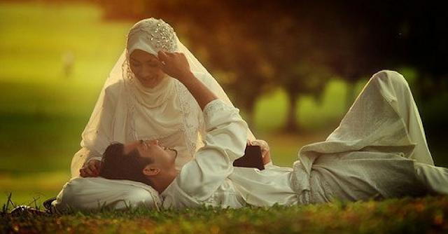 3 Kunci Kebahagiaan Paling Utama Bagi Seorang Suami
