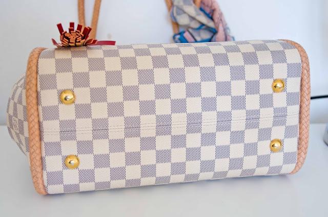 spód torby od Louis Vuitton, znaki szczególne