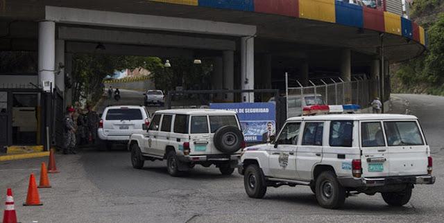 LIBERAN A 4 EX GERENTES DE PETROWARAO DETENIDOS EN EL SEBIN