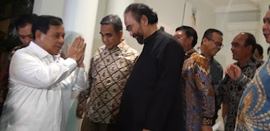 Ke Rumah Paloh, Beneran Prabowo Tak Minta Apa-apa?