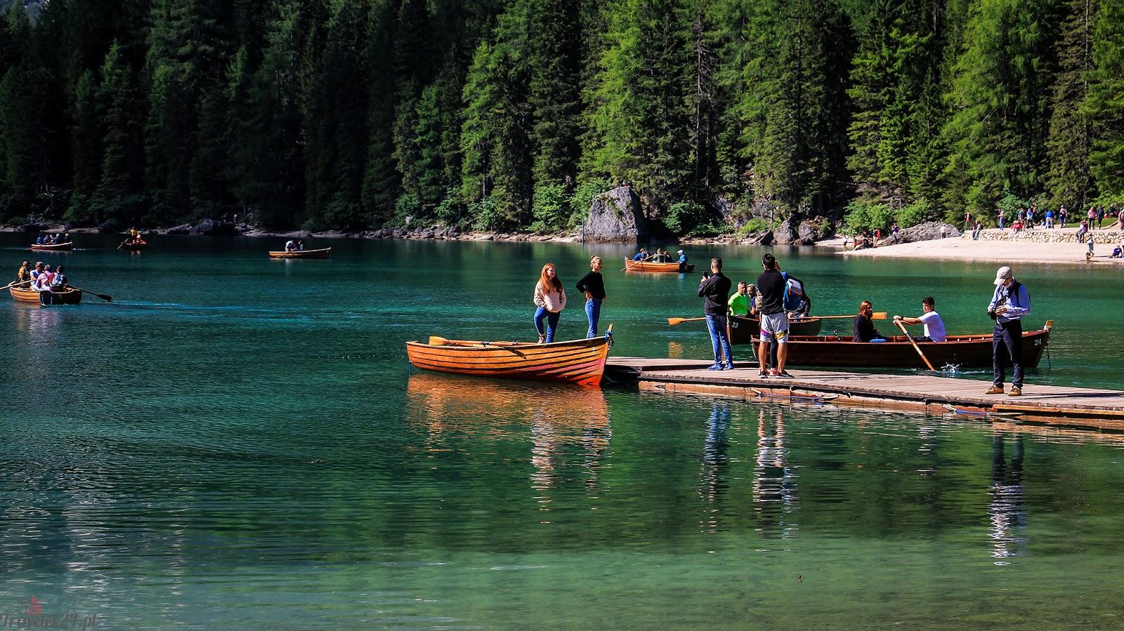 Lago di Braies łódka