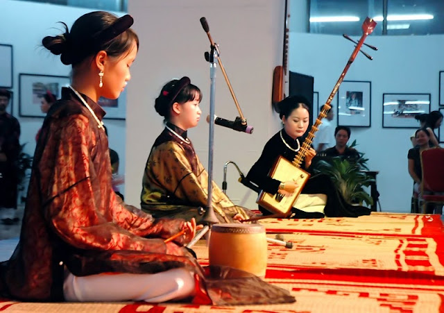Vietnamese Folk Arts 7