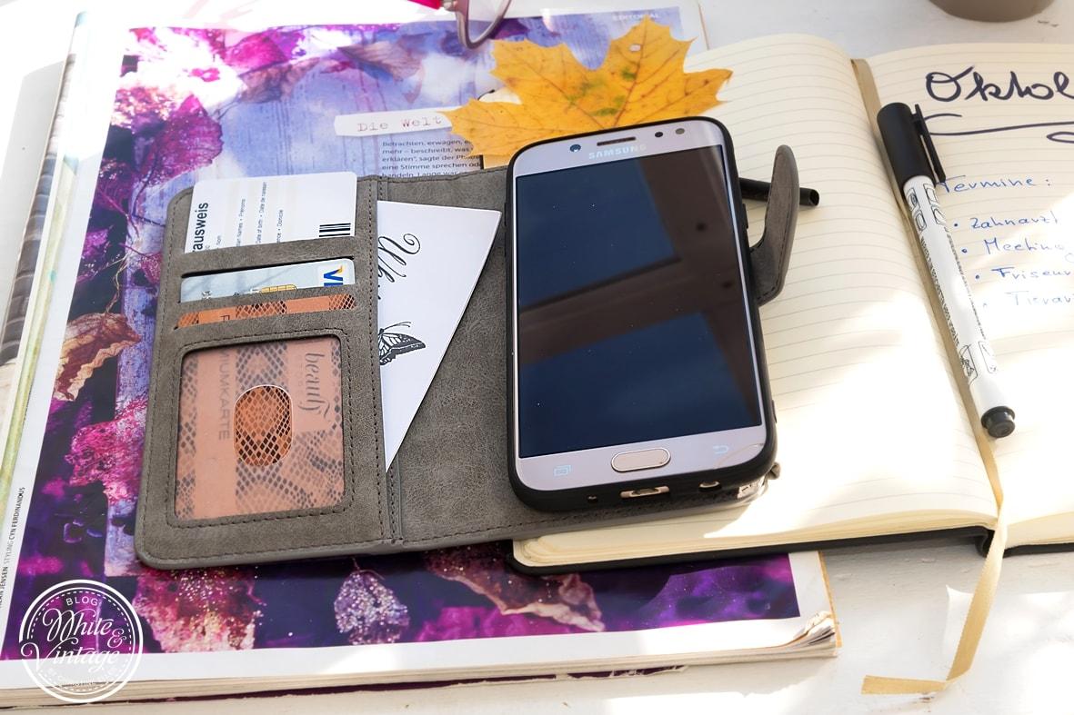 Handyschutz und Geldtasche in einem.
