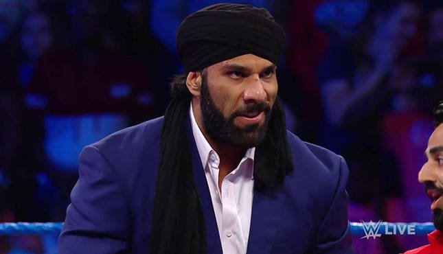 جيندر ماهال يدافع عن قدرة WWE على صنع نجوم جدد ويقدم نفسه كمثال