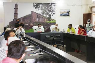 वन मंत्री शाह की अध्यक्षता में कोविड-19 समीक्षा बैठक संपन्न