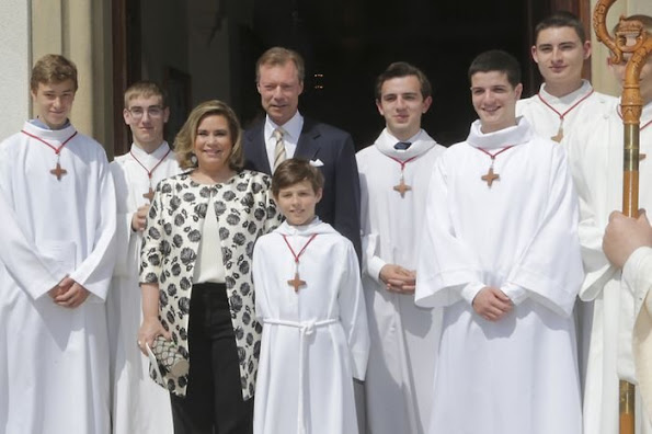 Grand Duke Henri and Grand Duchess Maria Teresa, Prince Guillaume and Countess Stephanie, Prince Félix, Princess Amalia, Prince Louis and Princess Tessy, Princess Sibilla, Prince Leopold, Princess Charlotte and Prince Jean Andre, Archduke Imre Emanuel Simeon Jean Carl Marcus d'Aviano and Kathleen Elizabeth Walker, Claire Lademacher
