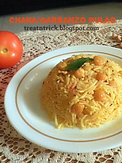 Chana/Garbanzo Pulao Recipe @ treatntrick.blogspot.com
