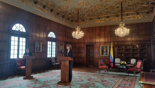 Gobierno de Colombia reconoce que no tenía plan B ante triunfo del No