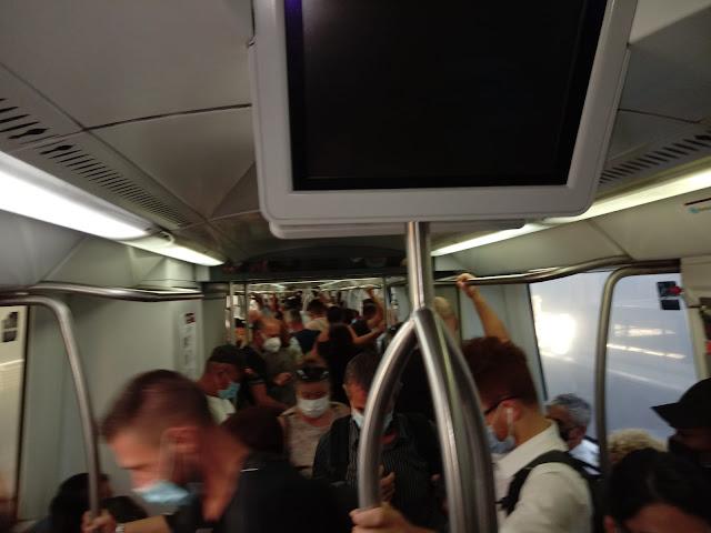 Metro B e Roma-Lido al contagocce nell'ora di punta