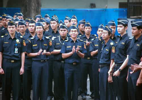Penjelasan Besaran Gaji Pegawai Bea Cukai dan Tunjangan yang Diperoleh