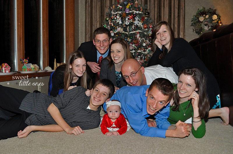 Favorite Family Christmas Traditions - www.sweetlittleonesblog.com