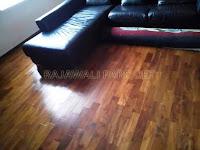 lantai kayu jati diruang keluarga