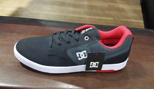 Jual Sepatu DC Berbagai Jenis