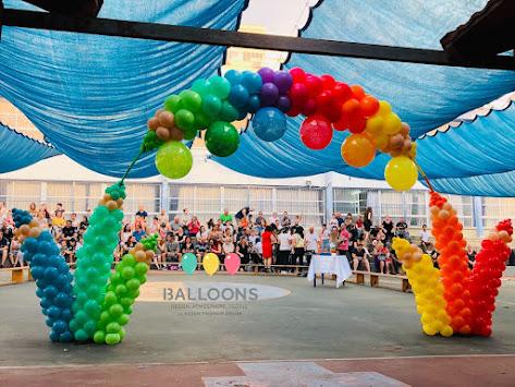 'Colouring Pencils' Balloon Arch by Keren Fridman.