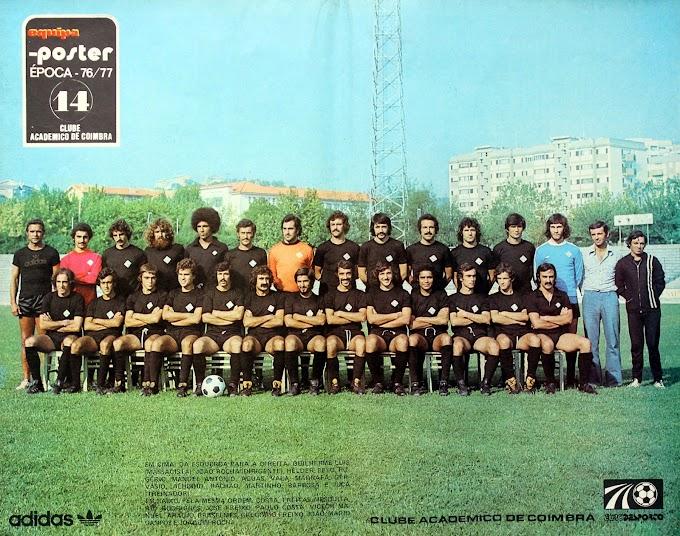 CLUBE ACADEMICO COIMBRA 1976-77. By Ases do futebol.