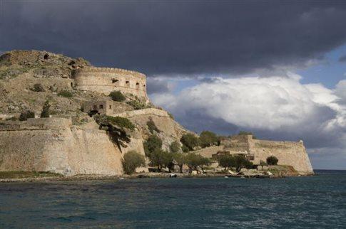 Έως τις 8 το βράδυ ανοιχτοί αρχαιολογικοί χώροι και μουσεία το καλοκαίρι