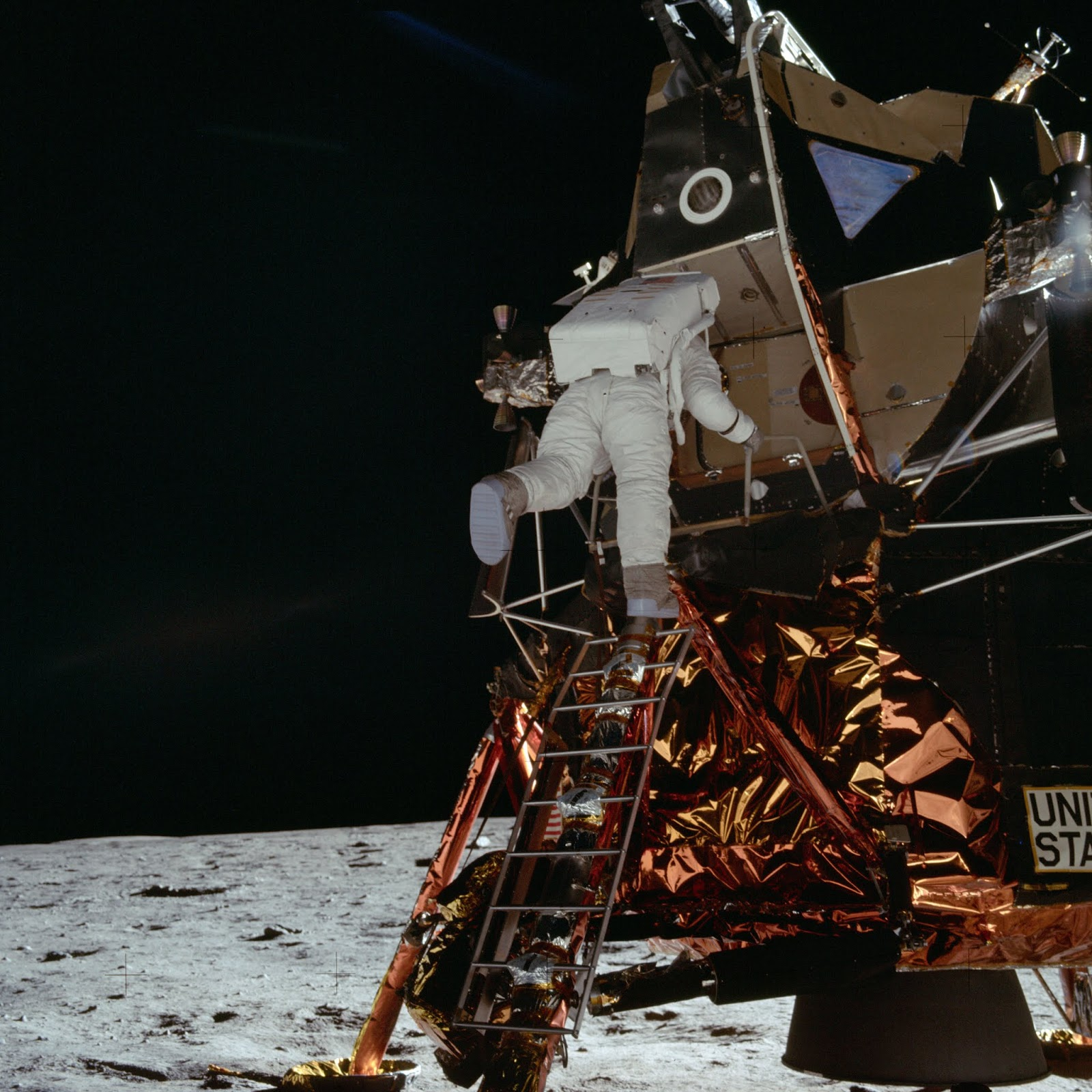 apollo 11 facts - HD 1600×1600