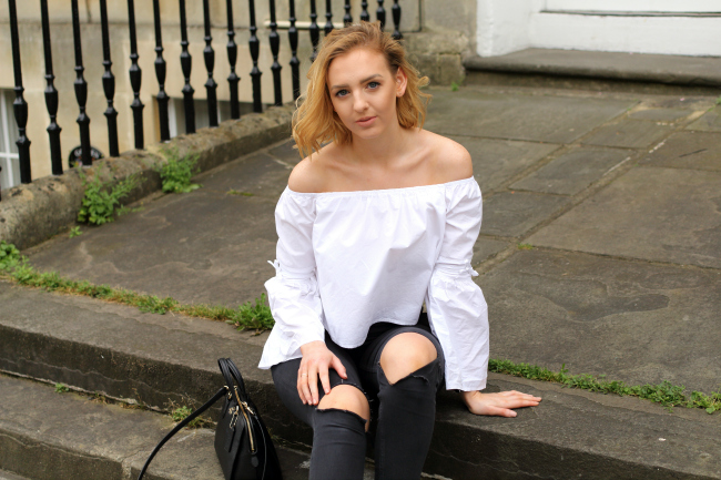 white, bardot, top, off the shoulder, sleeves, missguided, ripped, jeans, brigitte bardot, bridget, chic, ootd, babesofmissguided, coach, office shoes