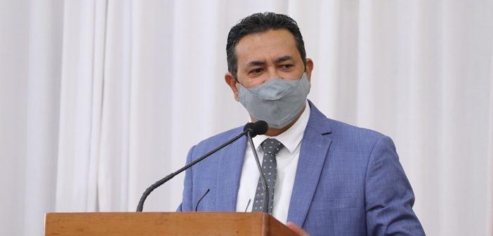 Justiça acata denúncia contra líder do governo na Câmara por violar sigilo do voto