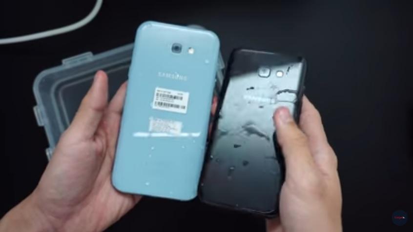 Samsung Galaxy A7 2017 warna biru mist dan A5 2017 warna hitam setelah kena air
