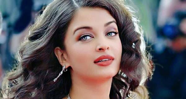 Beautiful Aishwarya Rai Close Up Face