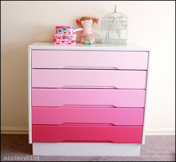 Custom painted gradient drawers in pink -  If you loved painted furniture or are thinking about using Chalk paint on furniture for the first time then you should check this post full of 25 incredible makeoevers. 25 Fabulous painted furniture ideas!