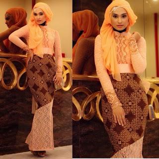 Long Dress Batik Kombinasi Kain Brokat