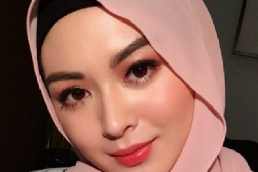 Profil Ayana Moon Hijabers Korea
