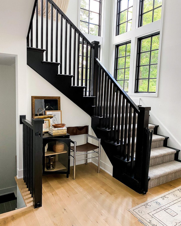 Black staircase inspiration