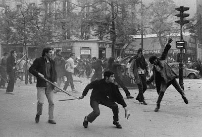 Enfrentamientos en el Barrio Latino, entre estudiantes y fuerzas de seguridad.