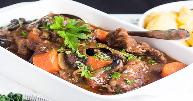 Slow Cooker Beef And Mushroom Stew Recipe - Yummy Recipes