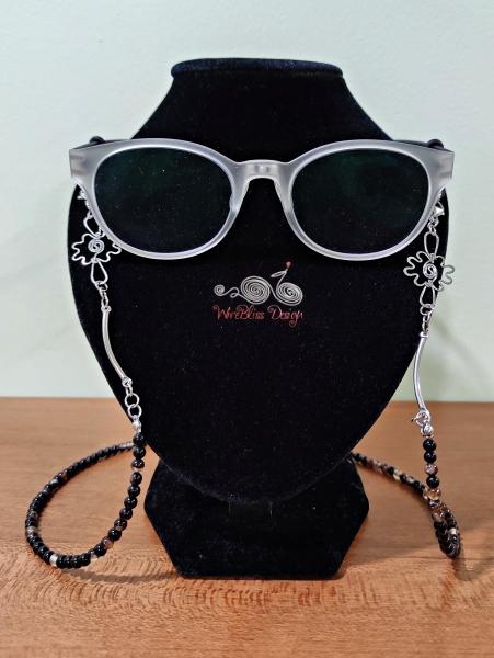 Black Stripe Agate Onyx Face Mask Eyeglasses Strap Front View