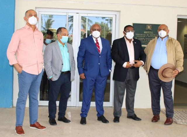 Director del SRS y Sub-directora del SNS, se reúnen con Patronato del Hospital Provincial Doctor Angel Contreras de Monte Plata