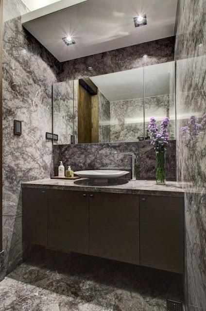 10 X 4 Bathroom Design