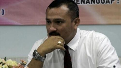 Demokrat Ultimatum Jokowi Agar Bubarkan BuzzeRP, Ferdinand Meradang, Singgung Anti Demokrasi