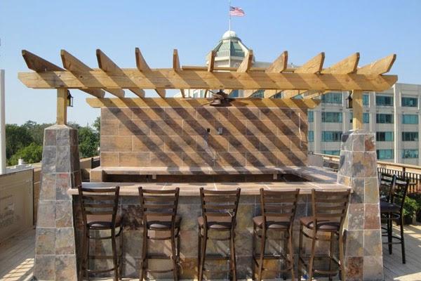 Arlington Nightlife: Bar Review: Arlington Rooftop Bar & Grill