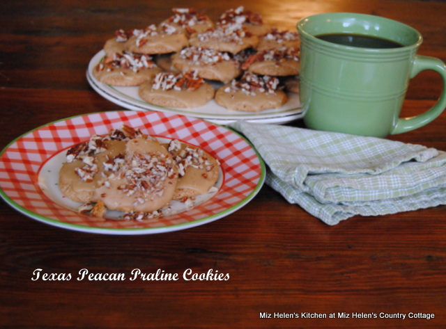 Texas Pecan Praline Cookies at Miz Helen's Country Cottage