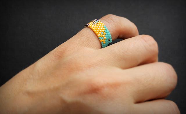 купить авторские кольца ручной работы украшения из бисера магазин