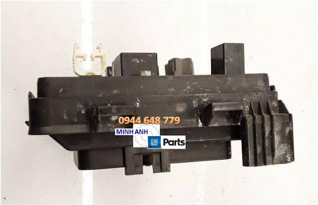 Hộp cầu chì động cơ xe Fadil chính hãng Vinfast