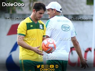 Mauricio Sperduti y Mauricio Soria en el entrenamiento de Oriente Petrolero - DaleOoo