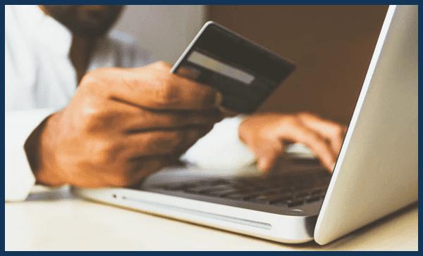 هل البطاقة البنكية أم البايبال  أفضل في الشراء عبر الأنترنيت ؟