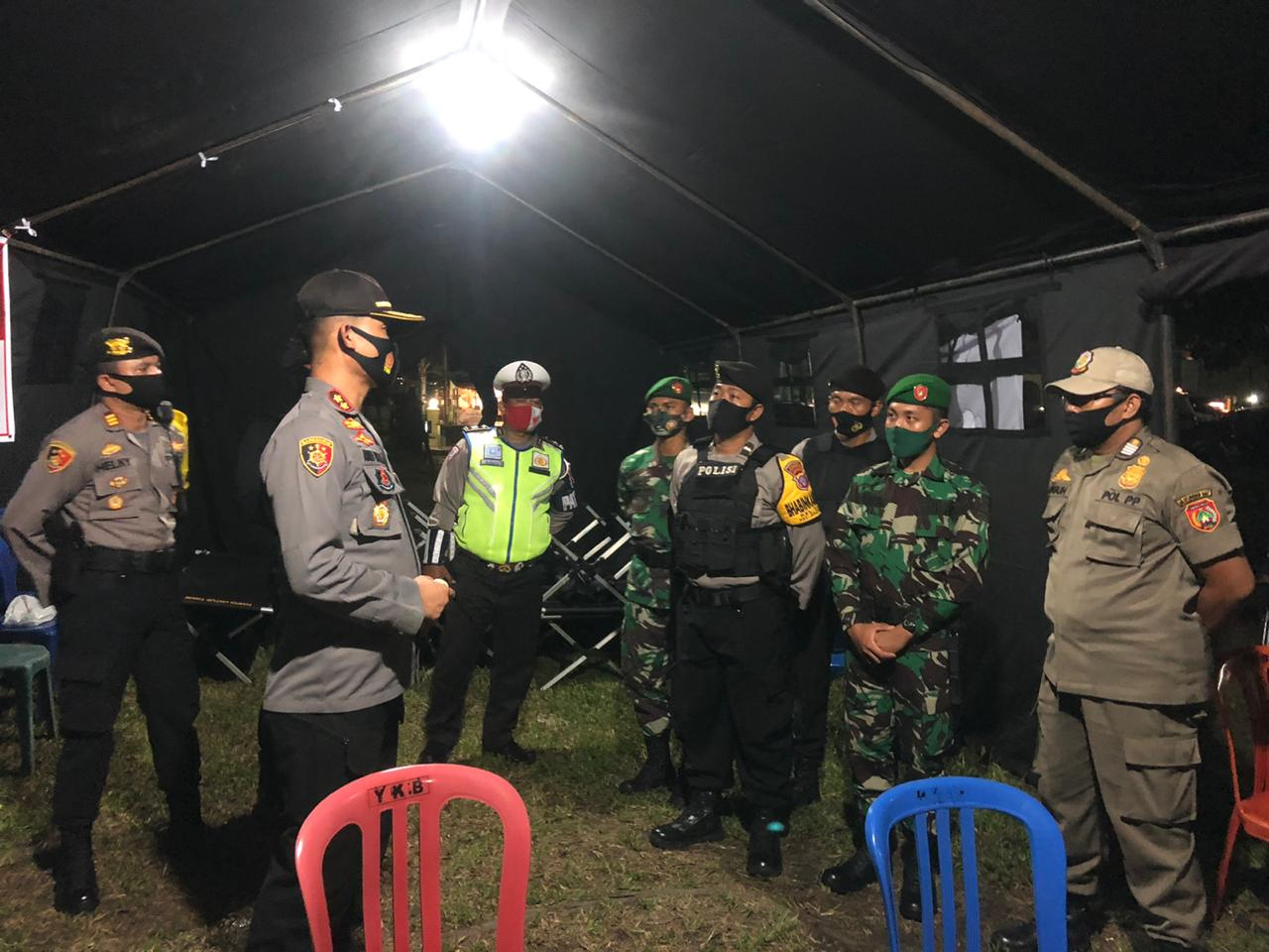Pastikan Keamanan Pilkada, Kapolres Kobar Pimpin Patroli Gabungan