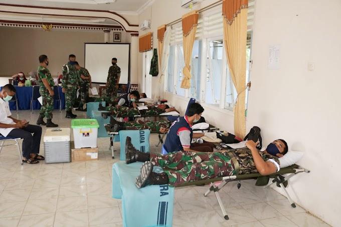 Lanud BNY Serahkan 32 Kantung Darah ke PMI Kabupaten Tulang Bawang