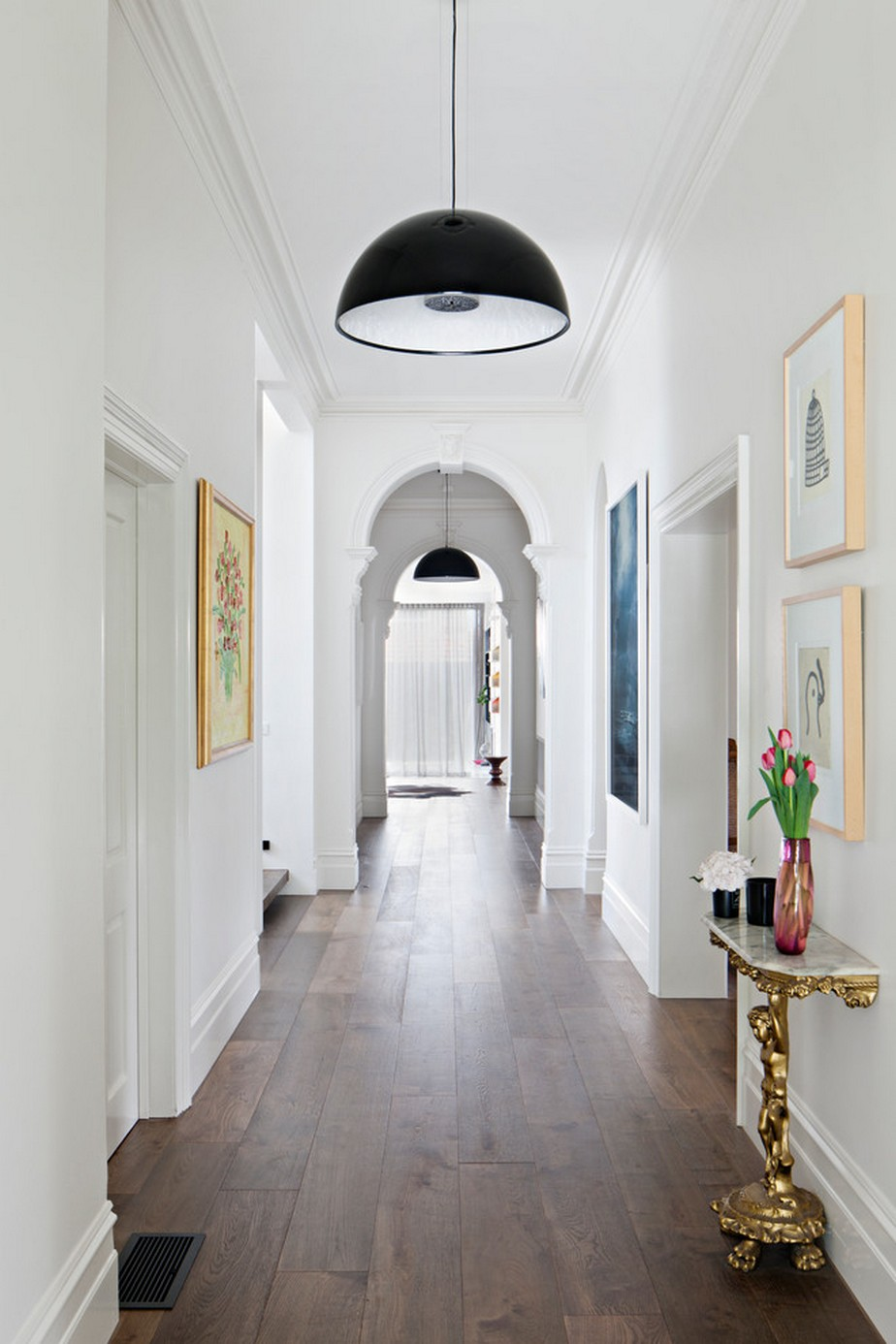 Cool Idea of Hallway Decoration Inspiration