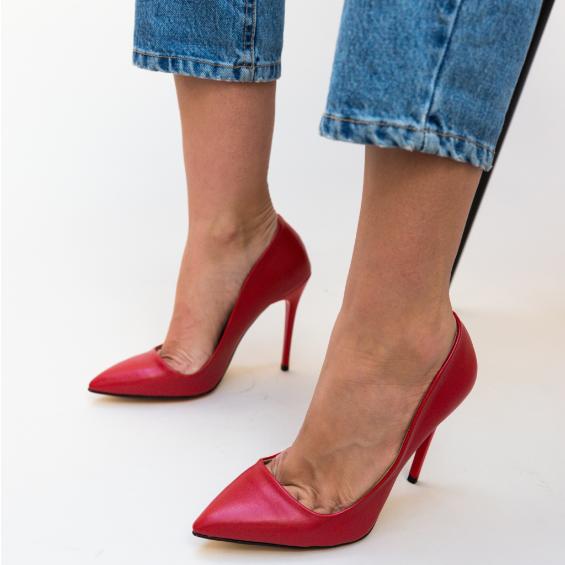 Pantofi rosii eleganti cu toc subtire inalt de zi si de ocazii