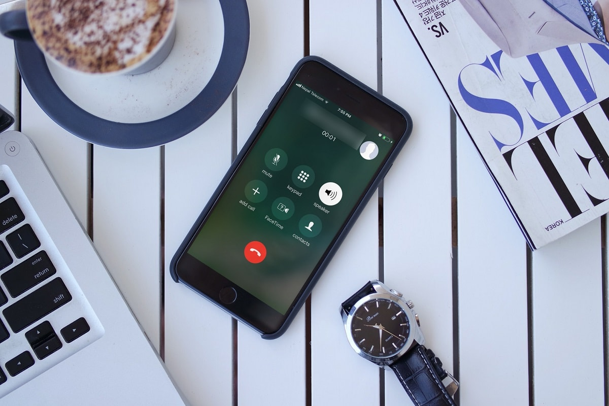 Auto-Answer Call in iOS 11 lets you automatically answer to your incoming call on iPhone. How to Enable Auto Answer Call in iOS 11 on iPhone
