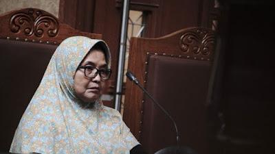 Jokowi Diminta Libatkan Siti Fadilah Supari untuk Akhiri Pandemi COVID-19