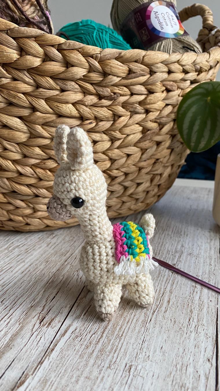 Llama Amigurumi