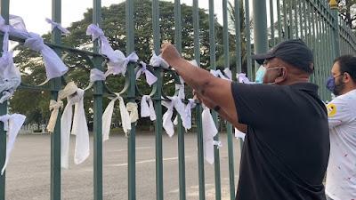 White handkerchief protest